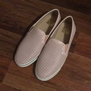 NEW Dolce Vita Perforated Blush Slip On Sneakers